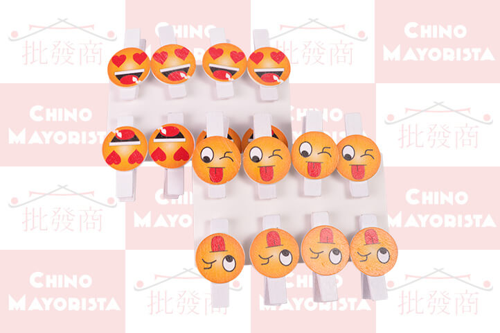 PACK 8 BROCHES MADERA EMOTICON (CS2)