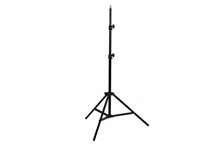 TRIPODE p/ARO LUZ LED EXTENSIBLE 210 cm (ADR)